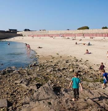 Grande-Plage-Port-Louis-Lorient-Morbihan-Bretagne-sud